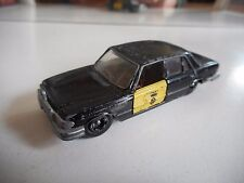 Mira Mercedes 450 SEL Taxi in Black/Yellow