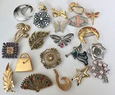 22 Vintage Pins Brooches Jewelry Lot Rhinestones Flowers Some Signed