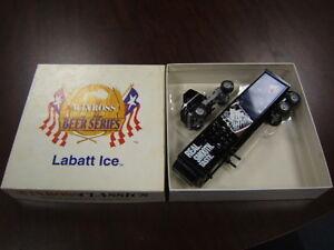 Winross Beer Series Labatt Ice Beer Series Tractor Trailer 1/64 MIB