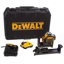 DEWALT DW089LG 12V 3 x 360-Degree Green Beam Line Laser Kit