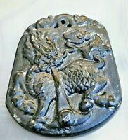chinesisches amulett dunkelgrüne jade fu hund handmade 23 g
