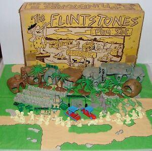 #1950s MARX THE FLINTSTONES BEDROCK PLAYSET w CARS FIGURES & MORE IN BOX LOT#H18
