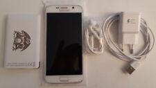 Téléphones mobiles blancs avec capteur d'empreinte digitale sur désimlocké