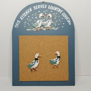 Vintage 1988 Country Cooking Memo Holder Christmas Around the World Geese Tacks