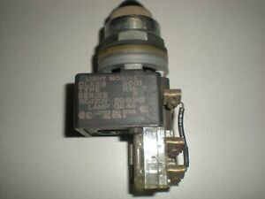 Square D Class 9001 TYPE KM-1 Green Light Module - 120VAC - Bulb Tests OK