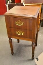VINTAGE 1940S 2 DRAWER  WALNUT NIGHTSTAND  END TABLE