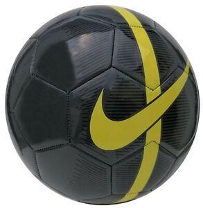 Nike Mercurial Fade Trainingsball Ball schwarz-gelb Größe 5 großes Nike Logo