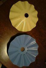 lotto stock Lampadario della nonna giallo celeste in plastica