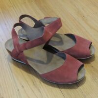 Dansko Wedge Sandals Womens Size 39 8.5-9 Red Leather