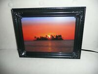 """Vintage Moving Picture Lamp W Sound Island Sunset Nature Scene 9"""" x 12"""" NEW"""