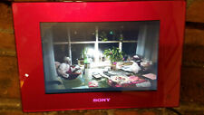 """Sony DPF-D72N RED S-Frame 7"""" Digital Picture Frame Clear Photo LCD w charger"""