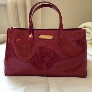 Louis Vuitton Vernis Wilshire PM Tote Handbag Deep Cherry Red