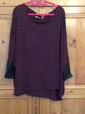 Twisted Muse Size Small 8 10 12 Maroon Gold Stripe Oversized TOP PU Cuffs