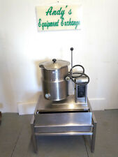 Welbilt/ Cleveland Tilting Kettle 5 Gal, Ket-5T with Lid and Stand 480V