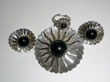 "Vintage 1962 Sarah Coventry ""Black Beauty"" Brooch pin, Earrings & Ring Parure"