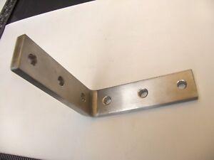 Edelstahl-Winkelverbinder V2A  Schenkel 115 x 115mm x 30 x 8 mm Lochung 8,5mm