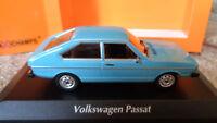 Maxichamps 1:43 Modellauto; VW Passat  1975, hellblau, OVP!