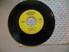 TOMMY CASH a free man / that certain one EPIC CANADA    45