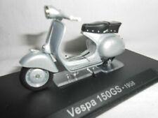 Motos miniatures gris