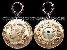 Médaille République Française Attribuée 2 poinçons sur Belière