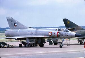 Original colour slide Mirage F.1CR desert 648//33-CF of ER-33 French Air Force