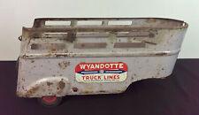 vintage WYANDOTTE LINES STAKE TRUCK TRAILER