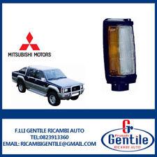 MITSUBISHI L200 DAL 1987 al 1993 FANALE FRECCIA ANTERIORE DESTRO (PASSEGGERO)