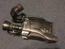 JVC GY-DV5100E PAL 3CCD DV Caméscope
