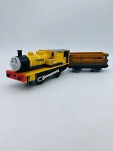 Thomas & Friends TrackMaster Motorized Duncan Engine W/  Car Cargo Wagon