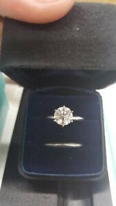 Tiffany & Co Diamond 2.02 carat Engagement Ring    I / VS1