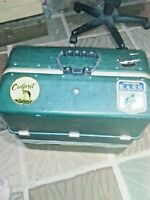 VINTAGE TACKLE BOX, WE HAVE A TEN TRAY POSSUM BELLY TACKLE BOX GREEN/READY TO GO
