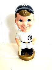 Collectible New York Yankees Vintage Bat Boy Bobblehead Doll. . . TEI Mfg. 2002