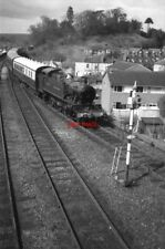 PHOTO  GWR  COLLETT 51XX CLASS 2-6-2T 5164 LOOKS IN TIP-TOP CONDITION AS IT ARRI