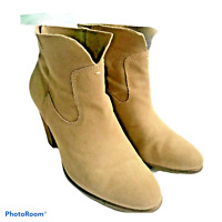 Vince Camuto Size 10 Booties Ankle Boots Heel Western Tan Brown Suede Leather