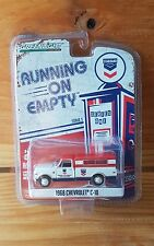 "Greenlight RUNNING ON EMPTY Series 1 1968 CHEVROLET C10 ""STANDARD OIL"" (A+/A+)"