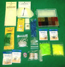 fly tying Lot, Feathers, capes,fur, body material, tinsels, silks hooks, (47)