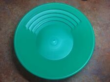 """Official Pan Of The GPAA Gold Prospectors The Gold Catcher 14"""" Green Gold Pan"""