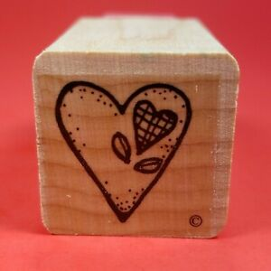 """Small Wood Mounted 1"""" x 1"""" Rubber Stamp Grid Weave Heart w Leaves Inside Another"""