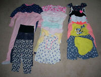 LOT OF 16 MIXED ITEMS GIRLS SIZE 24 MONTHS