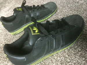RARE Black Yellow Adidas Superstar 2 762605 trainers size 9 UK Excellent