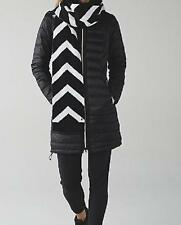 LULULEMON snow amazing neck warmer scarf nwt black and white knit chevron print