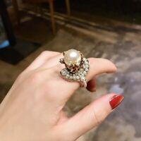 Vintage Luxury Jewelery HQ Baroque Pearl Flower Retro Engagement Wedding WM Ring