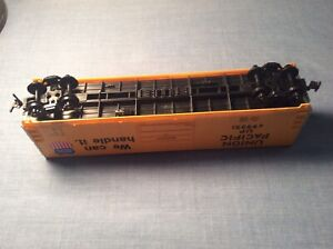 Lifelike Union Pacific HO Scale Box Car 8432 1990s