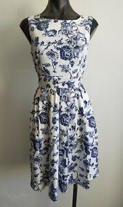 Beautiful Blue Floral Caroline Morgan Sleeveless Dress Size 10