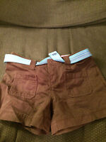 NEW YOUTH OLD NAVY BROWN KHAKI SHORTS BLUE BELT SIZE 10!