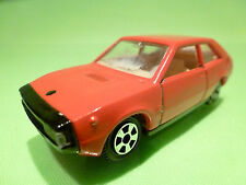 GUILOY  1:43  FIAT 1200  =  SEAT 1200  - RARE SELTEN - GOOD CONDITION