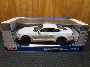 Maisto 2015 Ford Mustang GT 5.0 Special Edition White 1/18 Die-Cast NEW RARE HTF