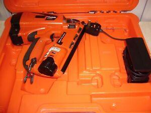 Paslode  IM65A Li-ion ANGLED  Brad Nailer, 2nd Fix Nail Gun Kit.