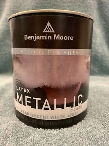 Benjamin Moore Pearlescent White Quart Metallic Latex Glaze 620-01