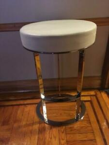 VINTAGE WHITE LEATHER/CHROME BAR STOOL MADE IN ITALY BY BB ITALIA